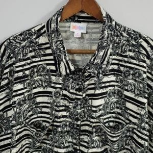 LuLaRoe Top Black and White Floral